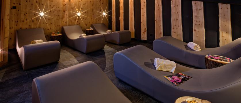 italy_dolomites_selva_mountain-design-hotel-eden_relaxation-area.jpg